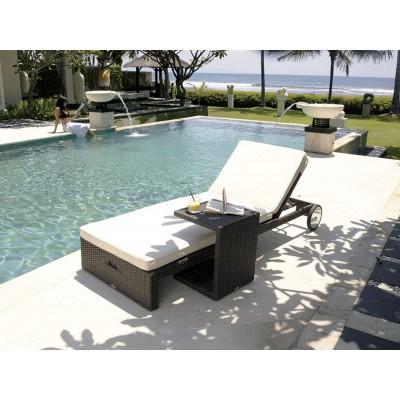 Столик со стеклом для лежака Skyline Design MIHA 2935 SILVER